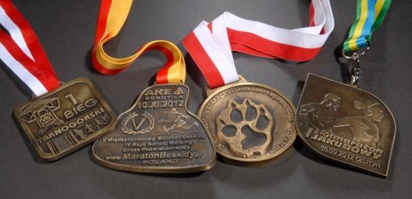 4 medale zmaratonów