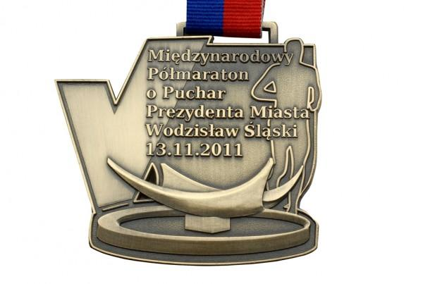 Medal zMiędzynarodowego Półmaratonu oPuchar Prezydenta Miasta Wodzisława Śląskiego