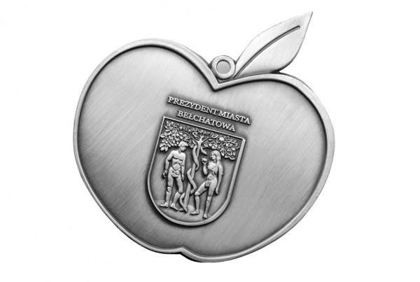 Medal wkształcie jabłka wydany przez Prezydenta Miasta Bełchatowa