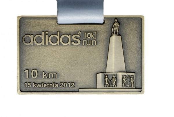 Medal Adidas 10k run za10 kilometrowy bieg